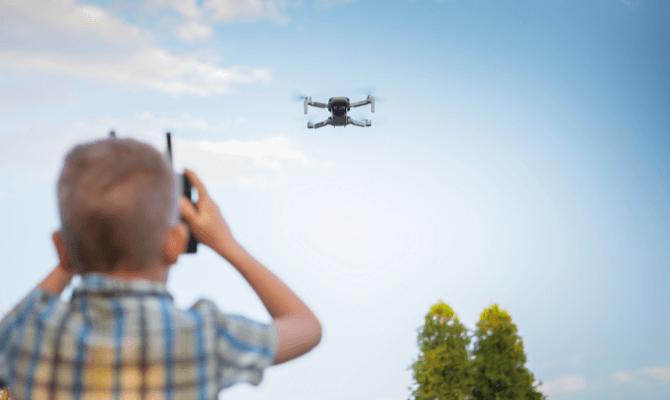 cele mai bune drone pentru copii